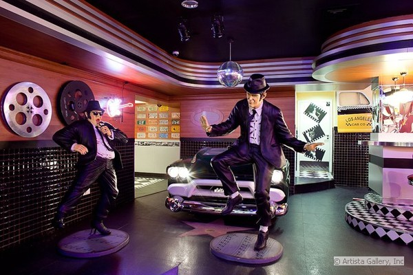 7_lobby_with_the_blues_brothers_cars